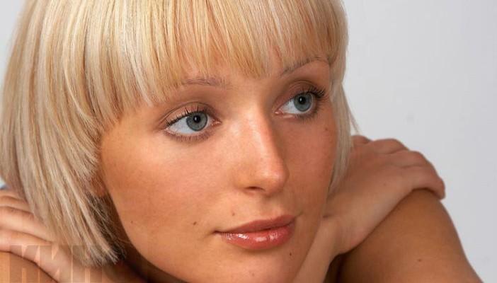 услугам гостей актриса поля полякова возраст фото семья виде пятиконечной