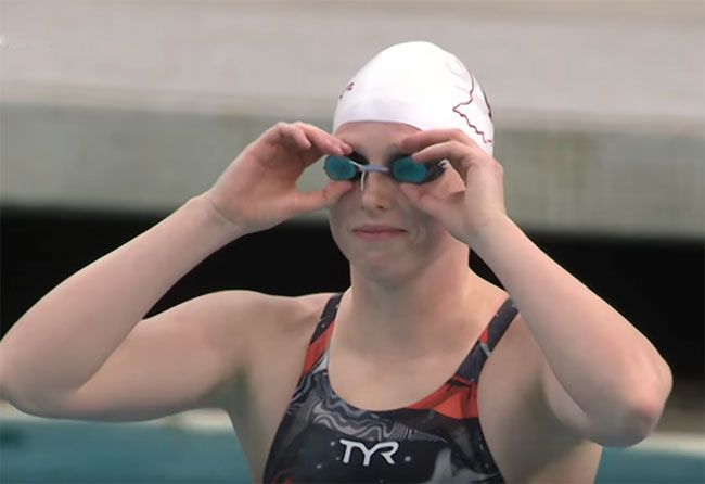 Двукратная олимпийская чемпионка по плаванию тренируется в пруду - «ПЛАВАНИЕ»