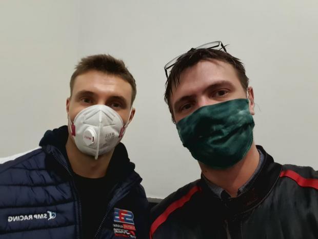 «Зачем вы пытаетесь меня сбить»? Экс-гонщик «Ф1» дал мастер-класс журналисту «Советского спорта» - «Формула-1»